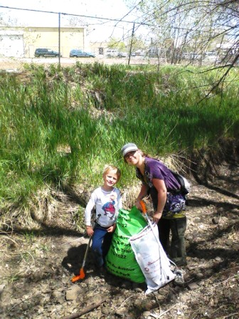 Rio Cleanup_mel and logan 2011.jpg